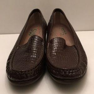 SAS  down Patent Faux Crocodile Loafers